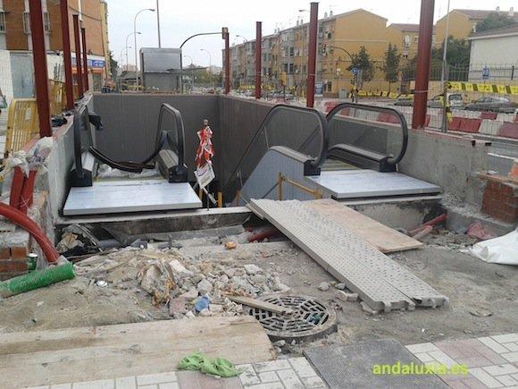 Escaleras mecanicas Metro de Malaga