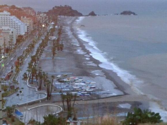Nieve en la playa de San Cristobal