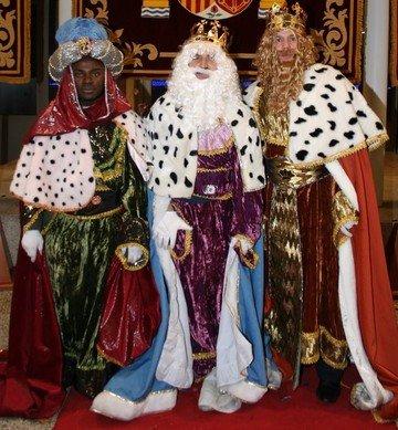 Cabalgata de reyes Magos de Granada 2014